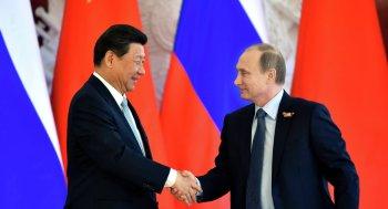 Xi Jinping, Secretário Geral do Partido Comunisa da China (E) e o presidente da Federação Russa Vladimir Putin (D). Crédito: Sputnik International.