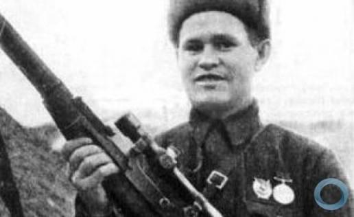 O real heroi da Guerra Patriótica, o atirador de elite Vasilli Zaitsev. Crédito: DefesaNet.