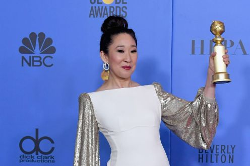 Sandra Oh no Golden Globes de 2019. Crédito: Kevin Winter/Getty Images
