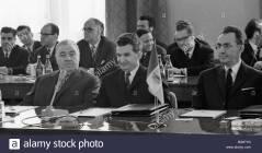 Delegação da República Socialista da Romênia liderada pelo Nikolae Ceausescu (ao centro) na abertura da sessão do COMECON. Crédito: Alamy