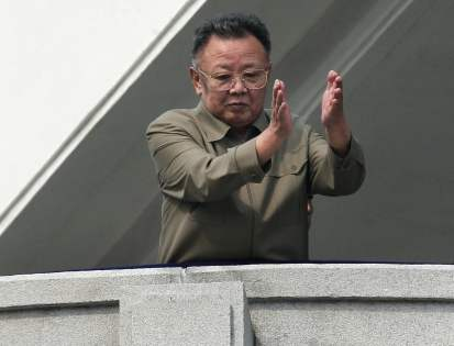 Segundo líder da Coreia do Norte e idealizador da política Songun Kim Jong-il. Crédito: The Washington Post.