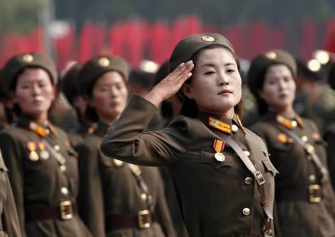Soldadas norte-coreanas. Crédito: Facebook Lucas Rubio.