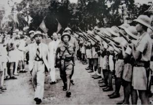 Membros do Viêt Minh. Crédito: kenh14.vn