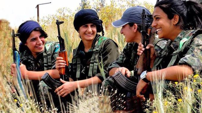 Na Síria mulheres lutam contra o Estado Islâmico e por igualdade. Crédito: Maryam Ashrafi / KURDISH DAILY NEWS.