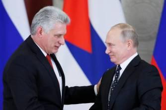 O presidente cubano Miguel Díaz-Canel e o russo Vladimir Putin. Crédito: El País.