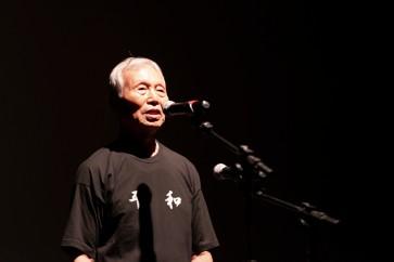"""No espetáculo teatral do projeto """"Sobreviventes pela Paz"""".Crédito: Nagai Produções."""