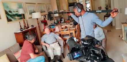 Entrevistando o veterano sul-africano Joseph Wilkinson. Crédito: BRICS: Mundo das Tradições.