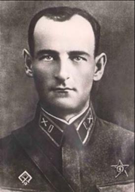 Ivan Andreievitch Fliorov - capitão do Exército Vermelho, foi o comandante da primeira bateria de 8 Katyushas (BM-8). Crédito: http://insergposad.ru/